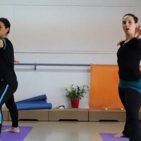 שיעור - יוגה נשית