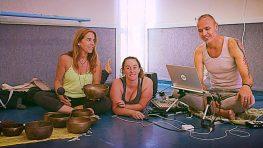 Yoga Live - רוני, שני ויותם